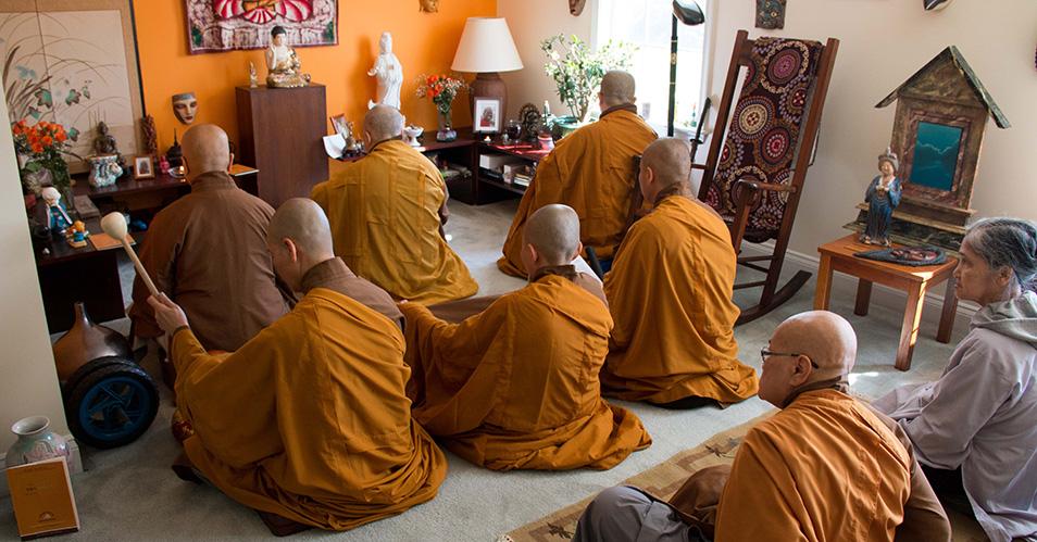 Lớp Việt Ngữ Phật Pháp